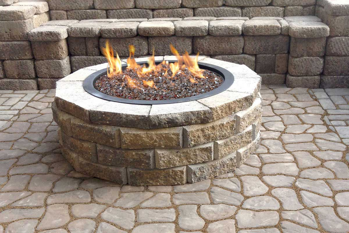 Fire pits keystone retaining wall systems for Fire pit ideas outdoor living